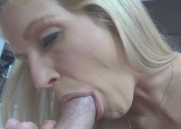 Housewife facial videos